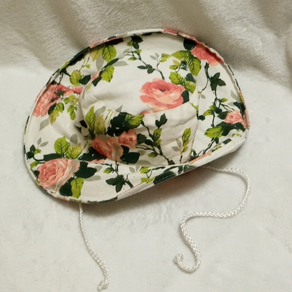 🌟3/$14🌟 Women's Flowered Hat
